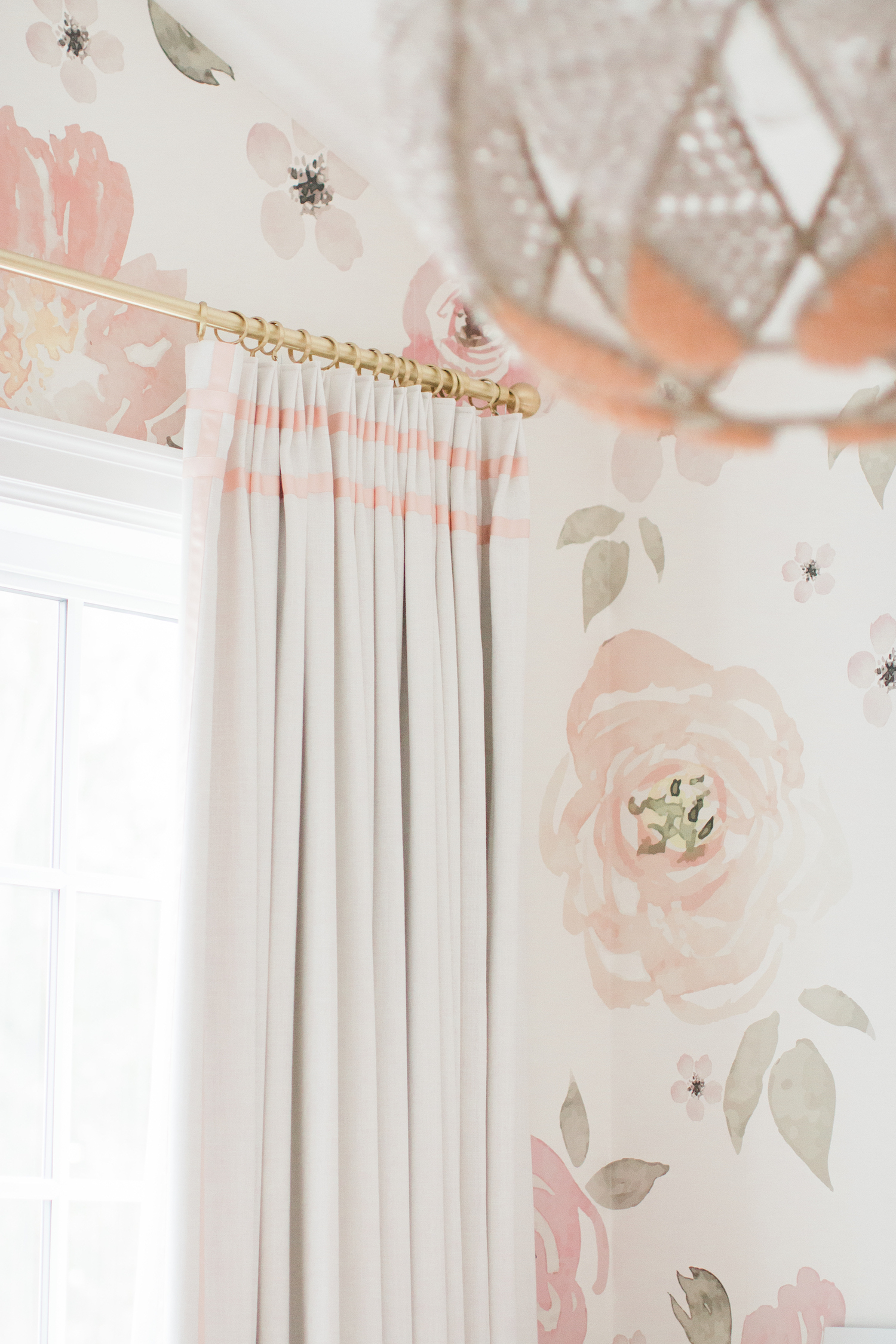 1 Er Perfect Nursery Drapery