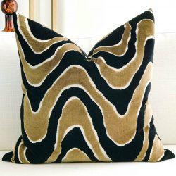 Toss Pillow Swatch: Lush Wave