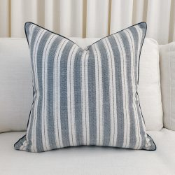 Toss Pillow Swatch: Lounge Navy