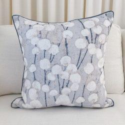 Toss Pillow Swatch: Kismet